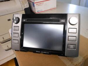 Toyota Panasonic CD AM FM Radio Receiver Navigation GPS CNCT17N4WX 86100-0C270