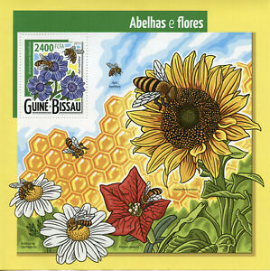 Guinea-Bissau Bees Flowers Stamps 2015 MNH Bee Insects Flora Nature 1v S/S