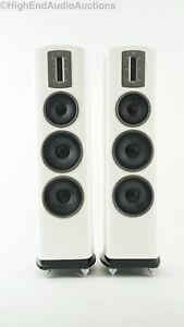 Quad Z3 Floorstanding Speakers - Ribbon Tweeter - White Gloss Finish