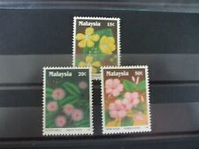MALAYSIA - 1990 Wild Flowers Short Set of 3vs MH Cat 1.15 (1C15)