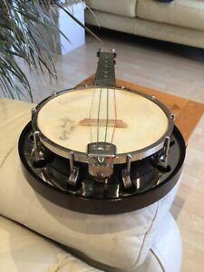 Banjo Ukulele/Banjolele Dallas C