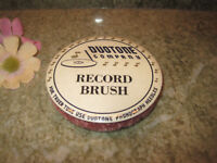 DUOTONE COMPANY PHONOGRAPH NEEDLES VINTAGE RECORD CLEANER BRUSH CELLULOID c 30's