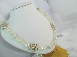 NWT MONET GOLD & PEARL FLORAL LONG GLASS BEADED STATEMENT NECKLACE, Signed Wht