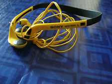 Sony Headphones MDR-WO14 Walkman MP3 Ipod Black and Yellow Awesome
