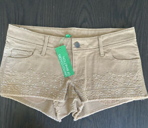 Womens United Colors Of Benetton Shorts Size 4  NWT