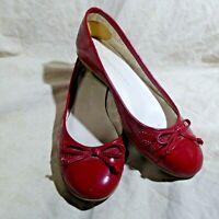 🥿 Etienne Aigner Ballet Flats sz 7.5 M Red Pierced Patent Leather; Cap Toe; Bow