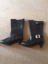 Ladies/ Girls Black Boots Size 4 (6)