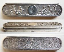 Ancienne boite à aiguilles argent massif  silver box ange angelot putti 19e s