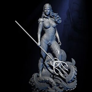 1/24 75mm Resin Figure Model Kit Sexy Girl Female Queen of the Sea Unpainted