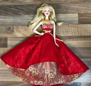 Mattel Barbie Collectors Holiday 2014 Christmas Pink Label Avon Model Muse Doll