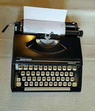 SILVER REED Silverette Typewriter  (vintage)