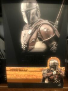 Hot Toys Star Wars: The Mandalorian - The Mandalorian 1/6th Scale Collectible...