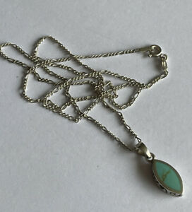 Vintage Navajo Style 925 Silver & Turquoise Pendant & 18 Inch Figaro Chain