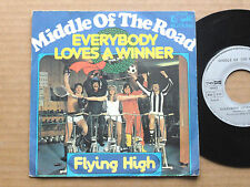 "DISQUE 45T DE MIDDLE OF THE ROAD  "" EVERYBODY LOVES A WINNER """
