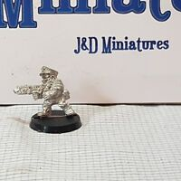 Warhammer 40,000 Rogue Trader Iron Claw IC501 Squats Capt. Elgard