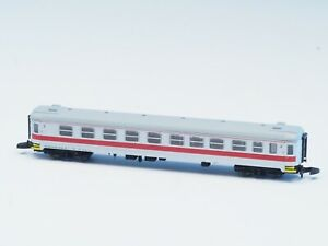 FR Z-scale 1 passenger cars Swedish TÅGAB with factory installed interior LED