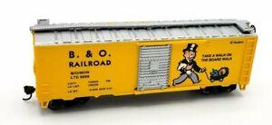 Bachmann HO Scale Monopoly B. & O. RAILROAD Box Car w/ Sliding Side Door - NEW