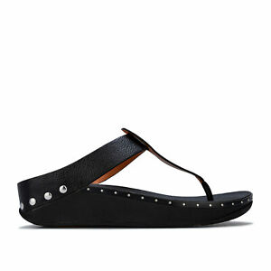 Womens Fit Flop Isabelle Stud Toe Thong Sandals in Black.