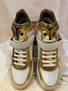 "Salvatore Ferragamo Men White Leather Sneakers Size-7EE""NAYON"" White/Gold"