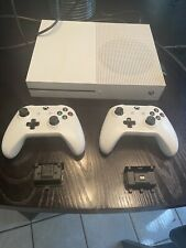 Xbox One S - 500GB, White w/ 2 Controllers