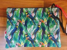 NEW TROPICAL PARROT PRINT CLUTCH MAKEUP MAKE UP COSMETICS BRUSH BAG ACCESSORIZE