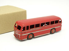 Dinky Toys England 1/43 - Bus Duple Routemaster Leyland Royal Tiger Rouge 282