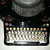 OLIVETTI M40 1939 TASTIERA GRECA  OLD TYPEWRITER, GREEK KEYBOARD, MADE IN ITALY