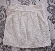 Beautiful! Loft Womens sz 00 White Embroidered Floral Pattern Career Lined Skirt