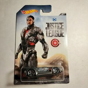 DC Justice League Hot Wheels Quick n Sik #6 New Cyborg