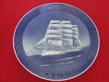1961 ROYAL COPENHAGEN CHRISTMAS  OLD PLATE SCHOOL SHIP