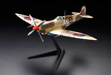 Tamiya 1/32  WWII RAF Supermarine SPITFIRE  Mk VIII  Fighter Static Kit  # 60320