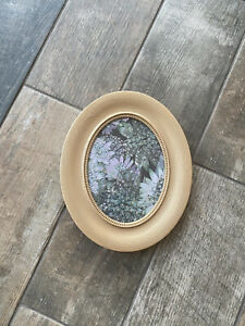 Hand painted Gold Gilt Style Detailed Beading Design Oval Frame Picture Photo