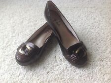 Unlisted Mascot Brown Buckle 6 1/2 W New Small Heel Closed Toe Kenneth Cole