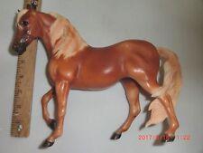 Breyer Reeves Sorrel Mare Arabian Horse Brown Beige/Blonde Mane Tail One foot up