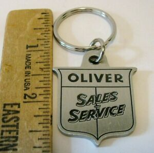 Oliver Sales Service 2006 HPOCA Show Pewter Key Chain Ring Fob Dover OH LE 1/600
