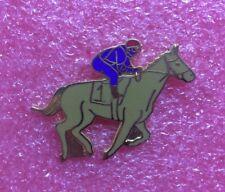 Pins CHEVAL Hippisme COURSE TIERCE PMU Jockey Horse Race
