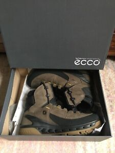 Men's ECCO Biom Venture Tr. GTX  Cushioned  Walking Boots UK 8