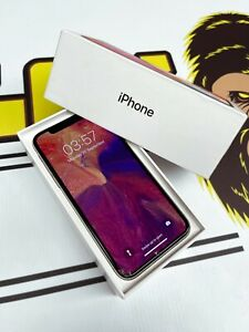 Apple iPhone X 256GB Silver (Unlocked) A1901 - Packaged in Apple box!