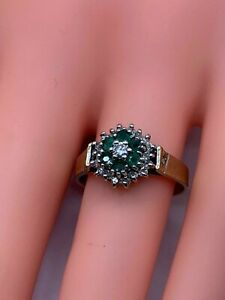 Vintage 9ct Gold Diamond & Emerald Ring 3.00G