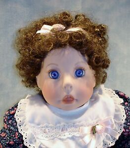 """Lee Middleton 1992 22"""" Molly Rose Doll, New in Box"""