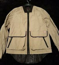Hunter Jacket Size M with detachable Downs Jacket Waterproof size 36