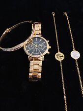 Montre femme couleur or cadran noir + bracelet chaîne arbre de vie couleur or