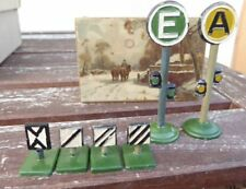 Spur 0/H0 2 Stück Signale und 4 Stück Kilometertafeln Metall Uralt Piko Märklin