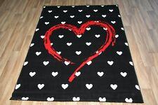 Large Black Grey Heart Print Rug 120cm x 170cm Modern Pattern Dazzle Rug