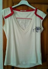 REPLAY T - Shirt Creme mit V - Ausschnitt u. Rückenprint Gr. XS