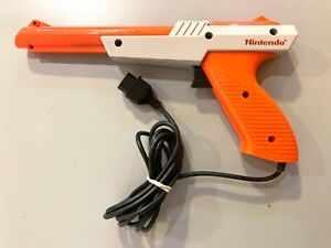 Official Orange Nintendo NES-005 Zapper Light Gun Controller Tested WORKING!