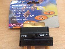 Adattatore SCART ad audio e adattatore video S commutato di input o output Z1451