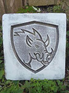 "Hog / pig stepping stone mold  12"" x 11"" x 1.20"" concrete plaster resin casting"