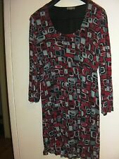 Katies Stretchy Geometric Tunic/ Mini Dress (Size XXL)
