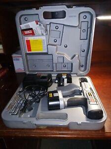 Senco Duraspin DS200 14.4 V cordless screwgun drill power tool